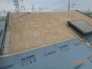 既存のモニエル瓦撤去した屋根