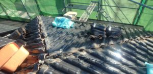 野縁、漆喰撤去後の屋根