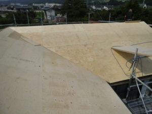 野地板上張り後の屋根