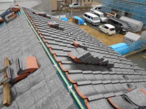 棟残しで積み終わった屋根