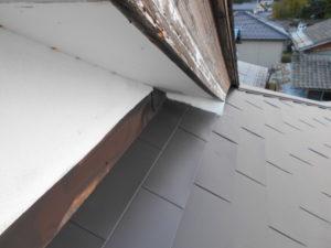 軒天と下屋の取り合い部の補修