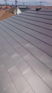 切妻屋根の完工