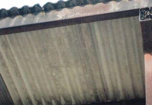 屋根の部分の波板