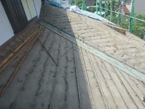 瓦を撤去したあとの屋根