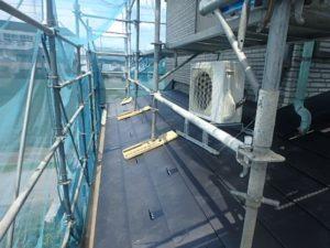 ガルバリウム鋼板張り終わった屋根