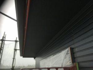 軒天井塗り完成