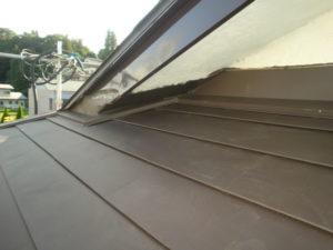 軒天井を漆喰で補強工事