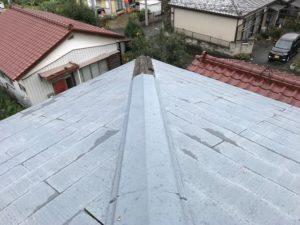 台風により一部飛んでしまった屋根