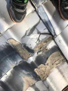 無料点検時の瓦屋根