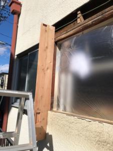 出窓枠新規取付