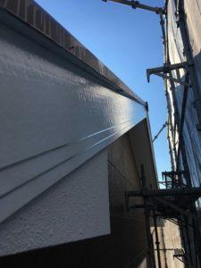 塗装後の破風板