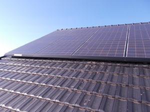 施工前太陽光パネル