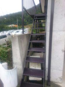 鉄骨階段塗装後