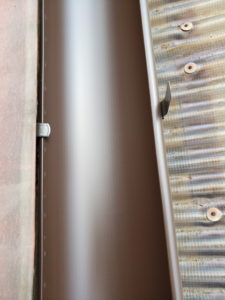 軒樋取り付け20200210