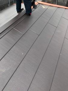 屋根 カバー工法 屋根材施工