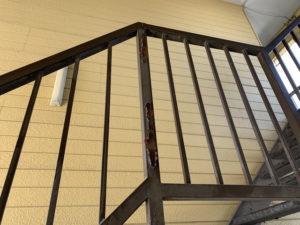 アパートリフォーム 劣化 階段