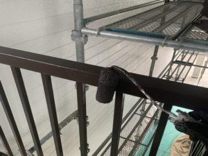 アパートリフォーム 鉄部塗装 上塗り