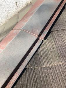 屋根と外壁のリフォーム 現地調査 屋根 棟板金 釘 浮き