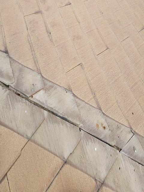 屋根の棟板金撤去