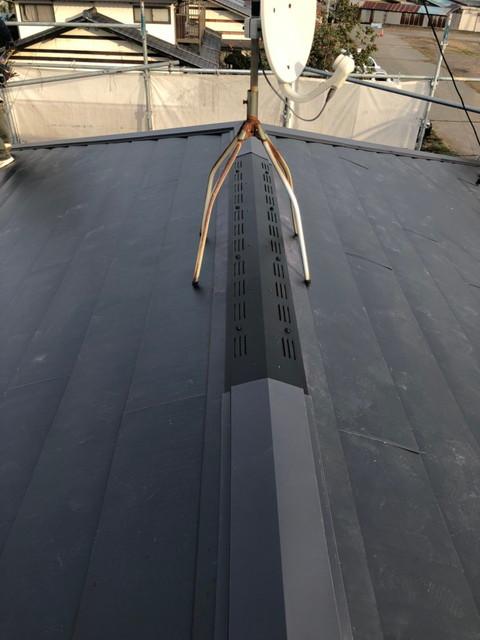 屋根カバー工法 換気棟