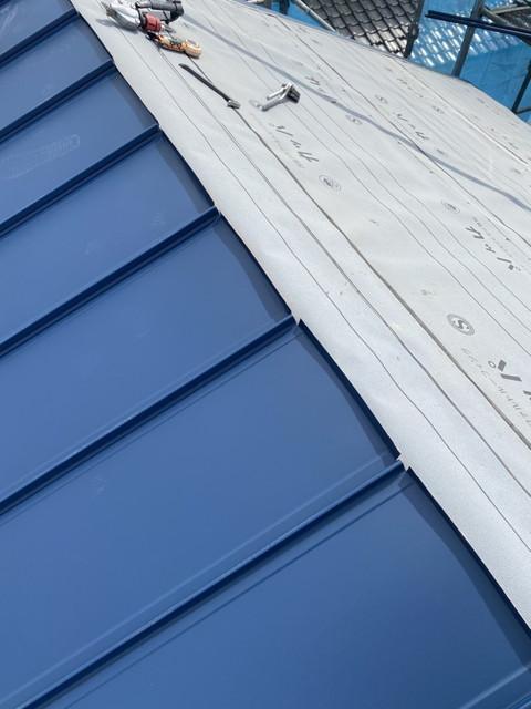 屋根葺き替え工事 立平葺き