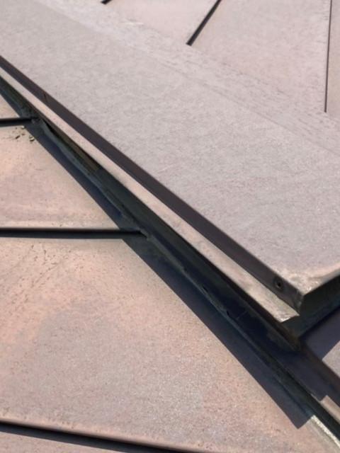 屋根の棟板金の剥がれ