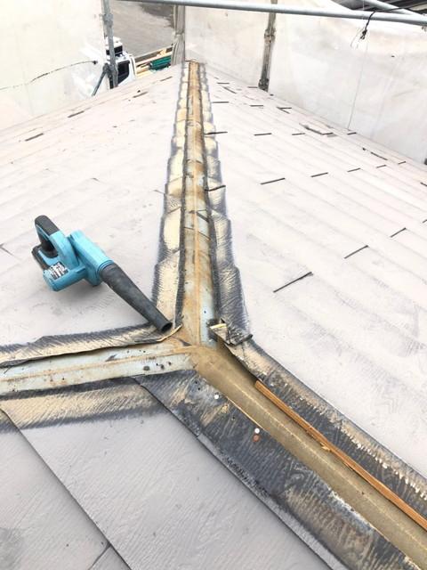屋根カバー工法 棟撤去