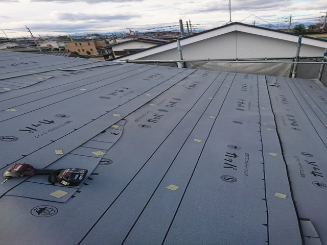 屋根 カバー工法 ルーフィング
