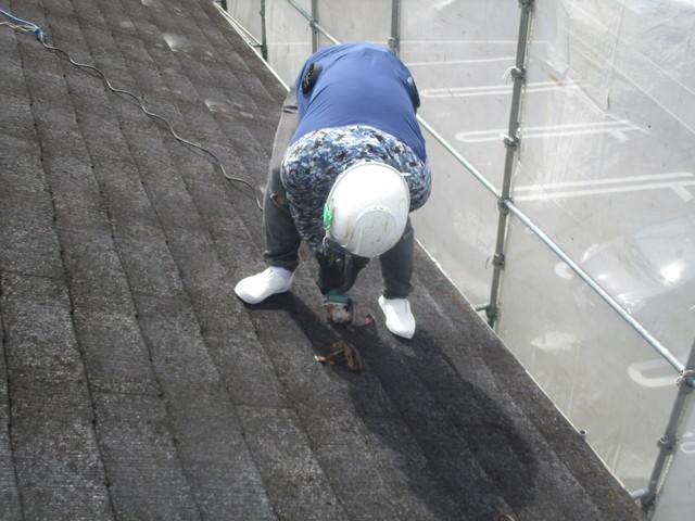屋根 カバー工法工事 既存雪止め金具撤去