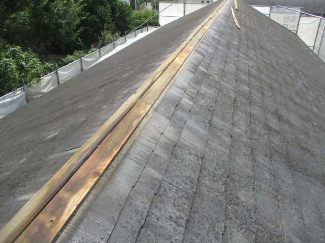 屋根 カバー工法工事 棟板金撤去