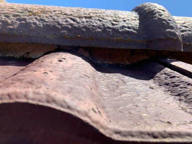 現地調査 屋根 モニエル瓦 劣化 漆喰