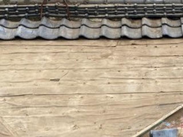 屋根 一部葺き戻し工事 瓦撤去 桟木撤去